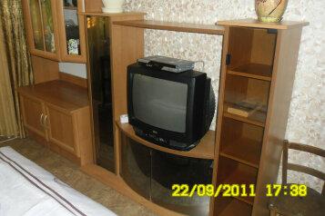 2-комн. квартира, 44 кв.м. на 5 человек, улица Нахимова, 22, поселок Орджоникидзе, Феодосия - Фотография 3