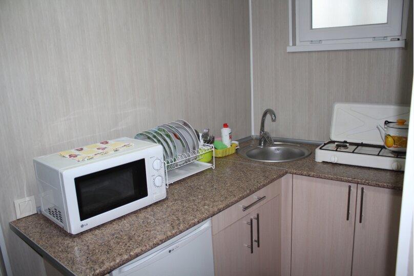 Гостевой домик для отдыха трёхместный, шоссе Свободы, 8А, Алупка - Фотография 2