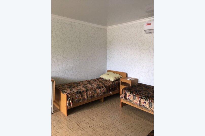 """Гостиница """"Живописный уголок"""", Черноморская улица, 3 на 13 комнат - Фотография 25"""