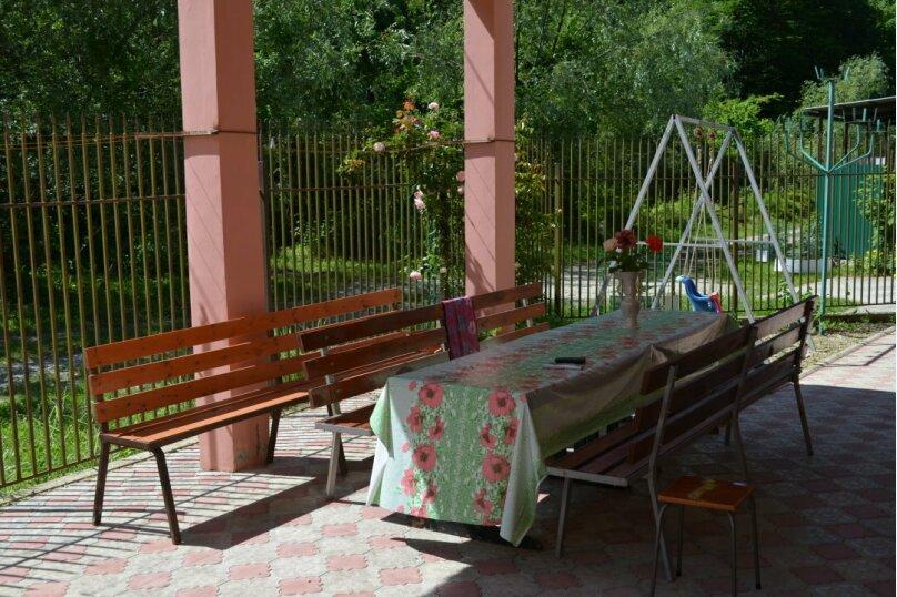 """Гостиница """"Живописный уголок"""", Черноморская улица, 3 на 13 комнат - Фотография 5"""