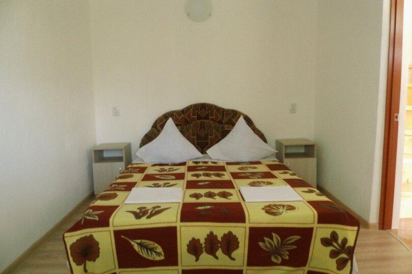 Двухкомнатный двухуровневый домик у самого Черного моря, 60 кв.м. на 6 человек, 2 спальни, улица Ивана Франко, 16, Евпатория - Фотография 7
