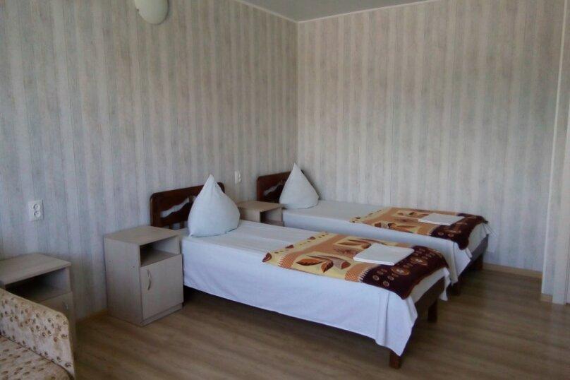 Двухкомнатный двухуровневый домик у самого Черного моря, 60 кв.м. на 6 человек, 2 спальни, улица Ивана Франко, 16, Евпатория - Фотография 15