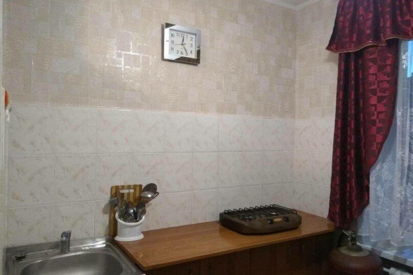 1-комн. квартира, 32 кв.м. на 4 человека, улица Ульяновых, 3A, Керчь - Фотография 3