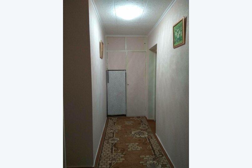1-комн. квартира, 32 кв.м. на 4 человека, улица Ульяновых, 3A, Керчь - Фотография 5