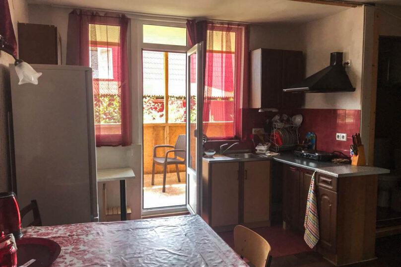 """Гостевой дом """"Лев на солнце"""", Юго-Западная улица, 21 на 8 комнат - Фотография 42"""