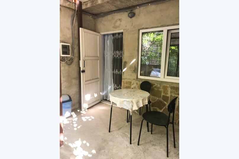 """Гостевой дом """"Лев на солнце"""", Юго-Западная улица, 21 на 8 комнат - Фотография 67"""