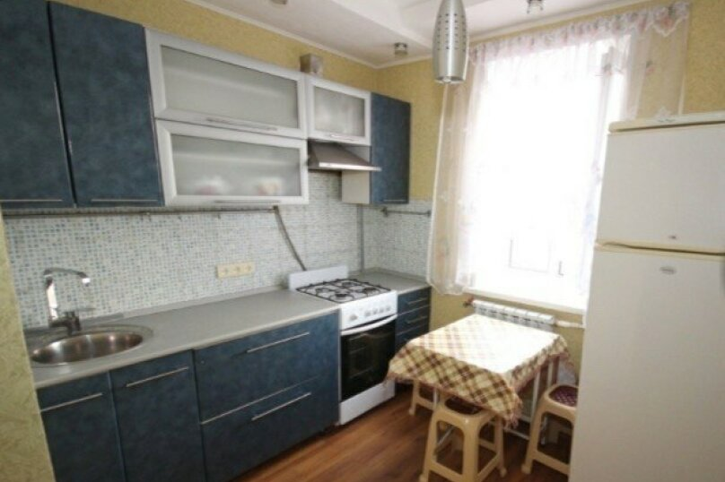 1-комн. квартира, 40 кв.м. на 4 человека, улица Чапаева, 62, Ейск - Фотография 5