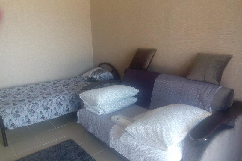 3-х местный с диваном, Таганрогская, 13, Должанская - Фотография 1