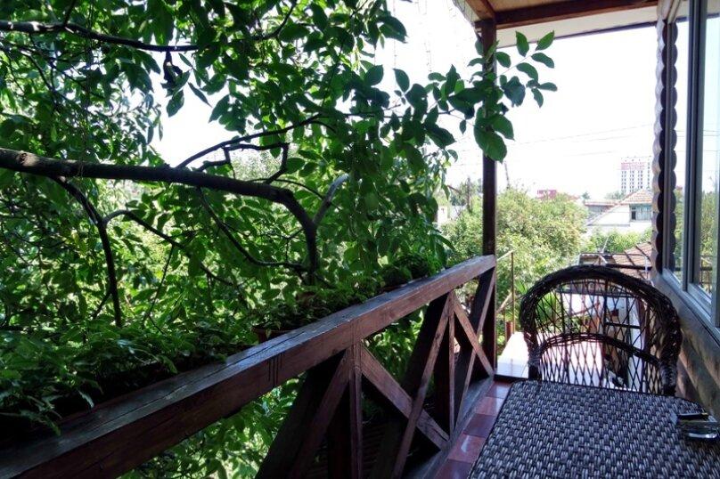 3 х местный, улица Багликова, 36, Алушта - Фотография 12