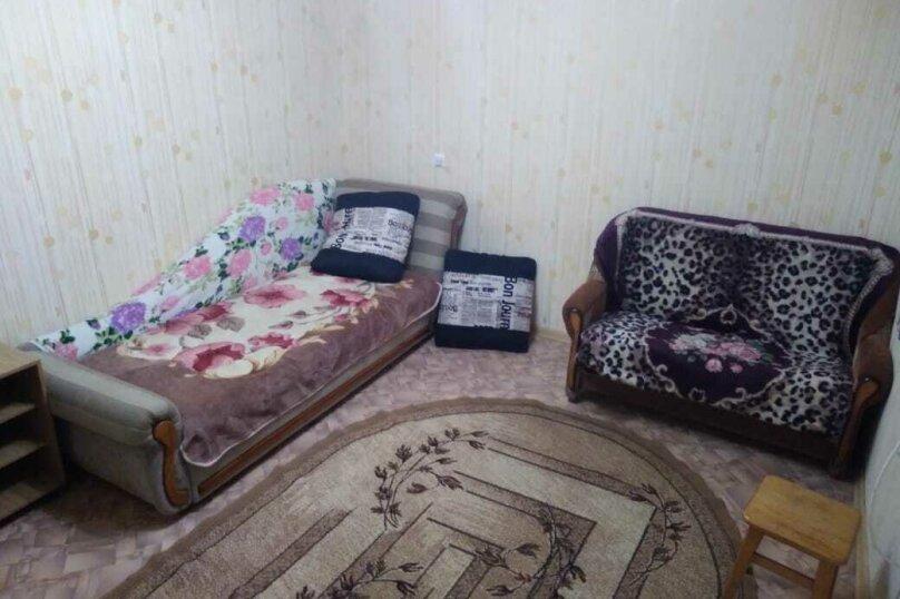 Комната 4 местная с кондиционером, улица Калинина, 31, Туапсе - Фотография 1