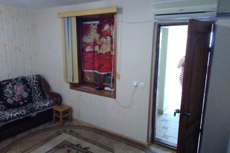 Комната 4 местная с кондиционером, улица Калинина, 31, Туапсе - Фотография 2