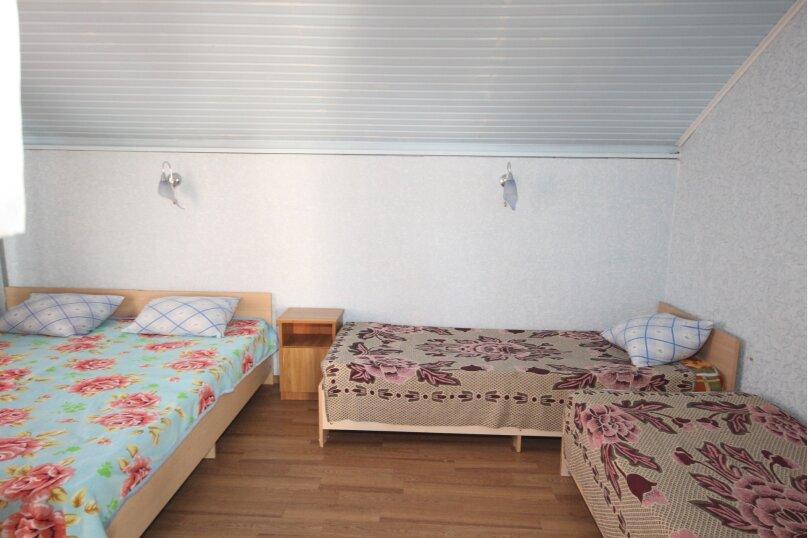 4х местный номер (2 номер), улица Павлова, 62, Ейск - Фотография 1