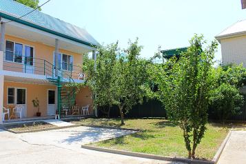 Гостевой дом, Садовая улица, 40 на 4 номера - Фотография 1