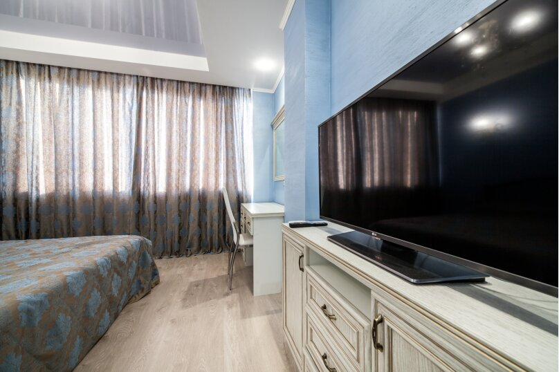 1-комн. квартира на 4 человека, проспект Победы, 44А, Севастополь - Фотография 2