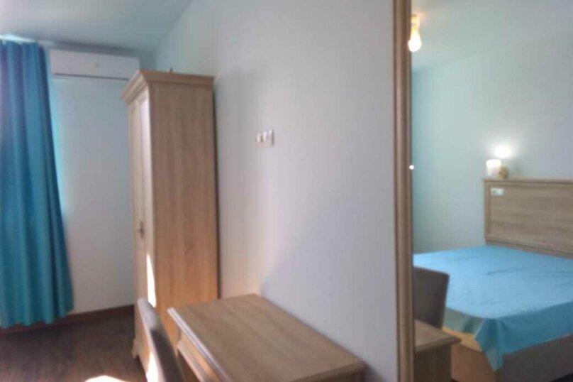 стандарт 2-х местный с 1 доп. местом, улица Богданова, 1, Севастополь - Фотография 14