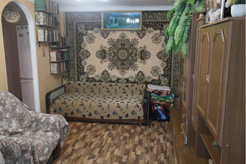 3-комн. квартира на 4 человека, улица Подвойского, 21, Гурзуф - Фотография 2