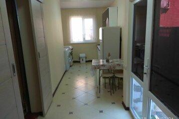 Дом, 50 кв.м. на 6 человек, 3 спальни, Нижнесадовая улица, 154, Ейск - Фотография 1