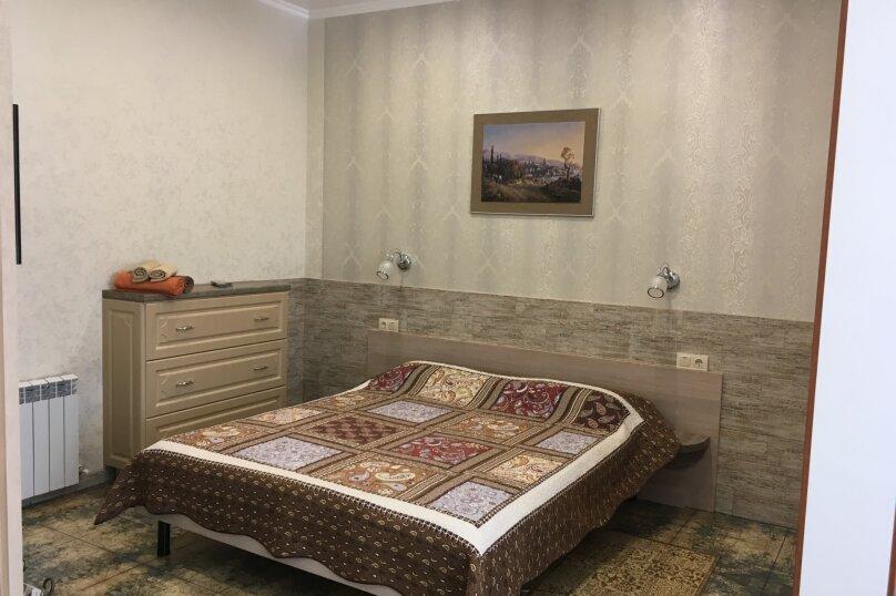 Гостевой дом ''Рахиль'', Керченская, 72 на 3 комнаты - Фотография 4