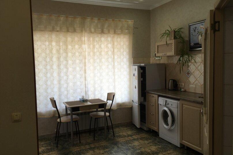Гостевой дом ''Рахиль'', Керченская, 72 на 3 комнаты - Фотография 7