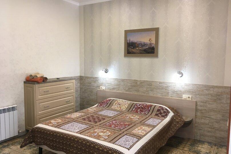 Гостевой дом ''Рахиль'', Керченская, 72 на 3 комнаты - Фотография 8