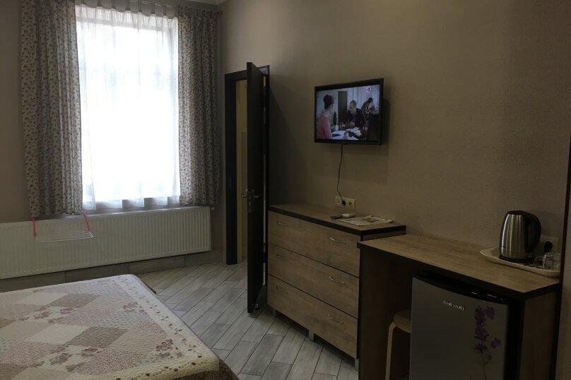 Гостевой дом ''Рахиль'', Керченская, 72 на 3 комнаты - Фотография 12
