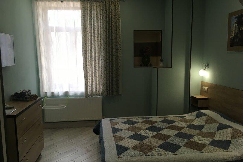 Гостевой дом ''Рахиль'', Керченская, 72 на 3 комнаты - Фотография 19