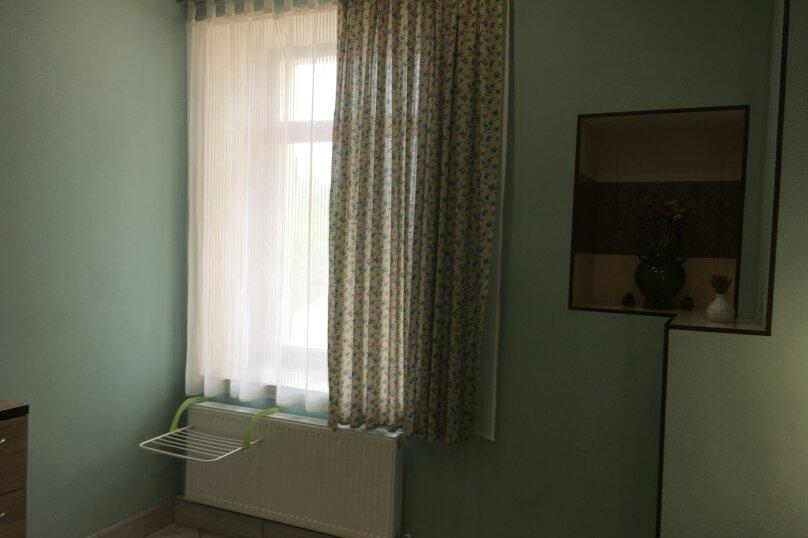 Гостевой дом ''Рахиль'', Керченская, 72 на 3 комнаты - Фотография 22