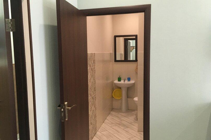 Гостевой дом ''Рахиль'', Керченская, 72 на 3 комнаты - Фотография 23