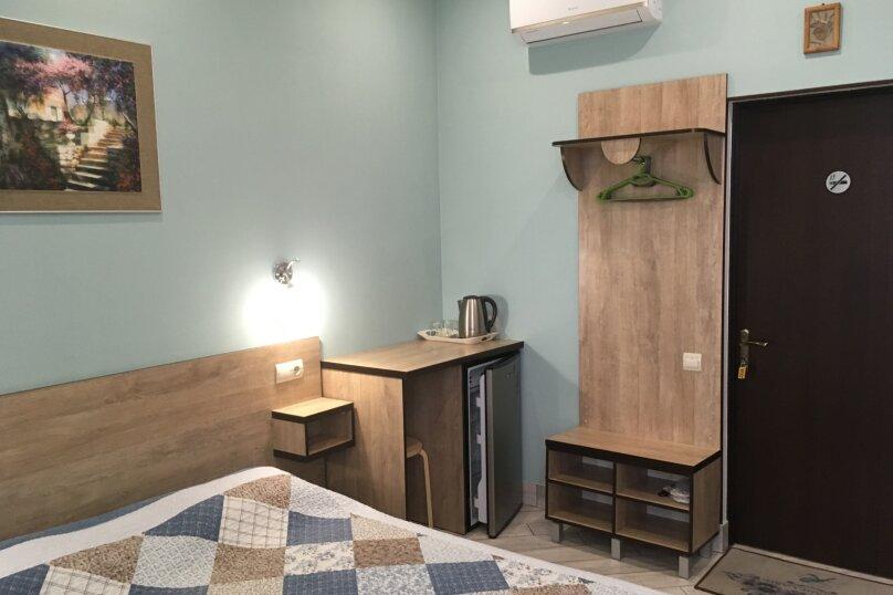 Гостевой дом ''Рахиль'', Керченская, 72 на 3 комнаты - Фотография 26