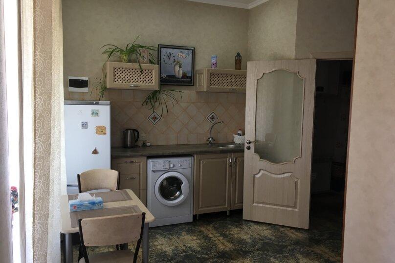Гостевой дом ''Рахиль'', Керченская, 72 на 3 комнаты - Фотография 29