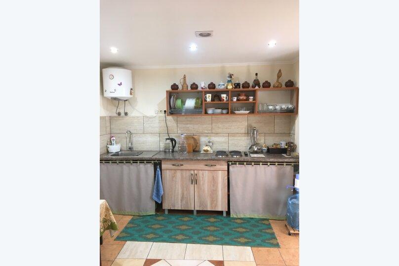 Гостевой дом ''Рахиль'', Керченская, 72 на 3 комнаты - Фотография 36