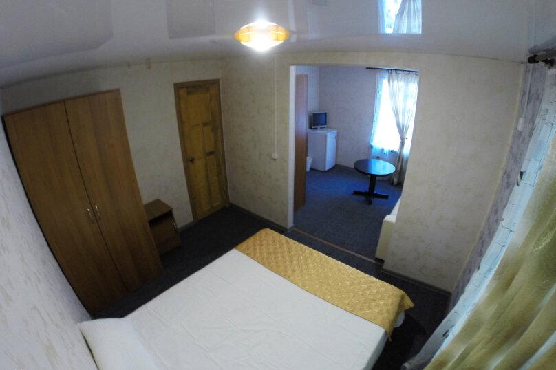 Семейный номер с собственной ванной комнатой, Сосновая щель, 20, Архипо-Осиповка - Фотография 1