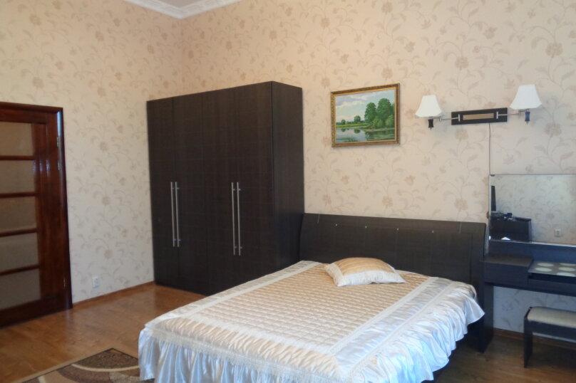 2-комн. квартира, 85 кв.м. на 5 человек, Пушкина, 1, Евпатория - Фотография 2