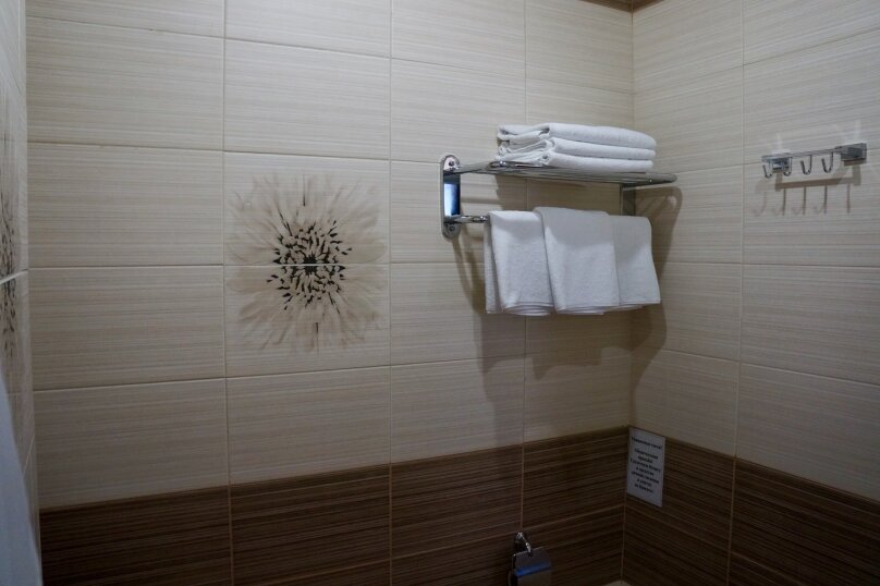 """Гостиница """"Лоо Вегас"""", Декабристов, 163/м на 26 комнат - Фотография 32"""