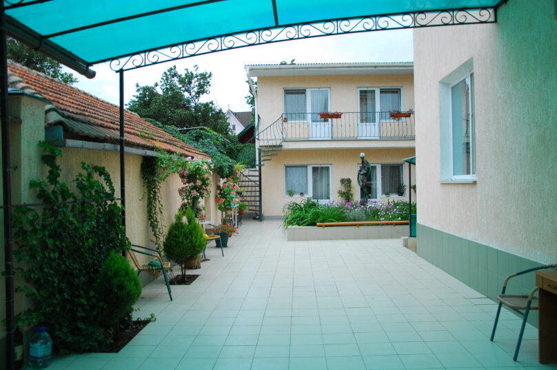 """Мини-отель """"Пансион Кафа"""", улица Листовничей, 24 на 26 комнат - Фотография 23"""