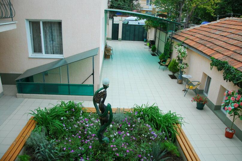 """Мини-отель """"Пансион Кафа"""", улица Листовничей, 24 на 26 комнат - Фотография 24"""