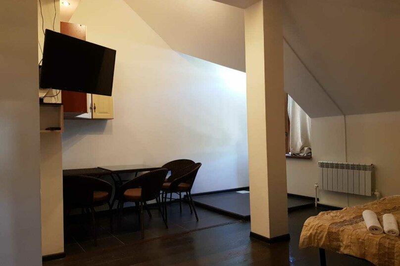 """Гостевой дом """"Набережная"""", Набережная улица, 6Б на 12 комнат - Фотография 3"""