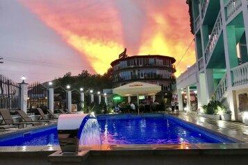 Гостиница, улица Михаила Лермонтова на 60 номеров - Фотография 1