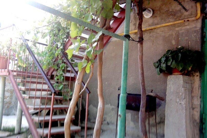 """Гостевой дом """"У Ирины"""", улица Стамова, 32 на 4 комнаты - Фотография 19"""
