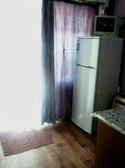 Квартира на земле, 26 кв.м. на 3 человека, 1 спальня, Советская улица, 6, Феодосия - Фотография 4
