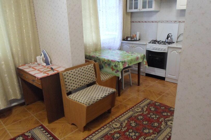 УЮТНЫЙ ДОМИК, 70 кв.м. на 6 человек, 2 спальни, Александровский тупик, 2, Ялта - Фотография 16
