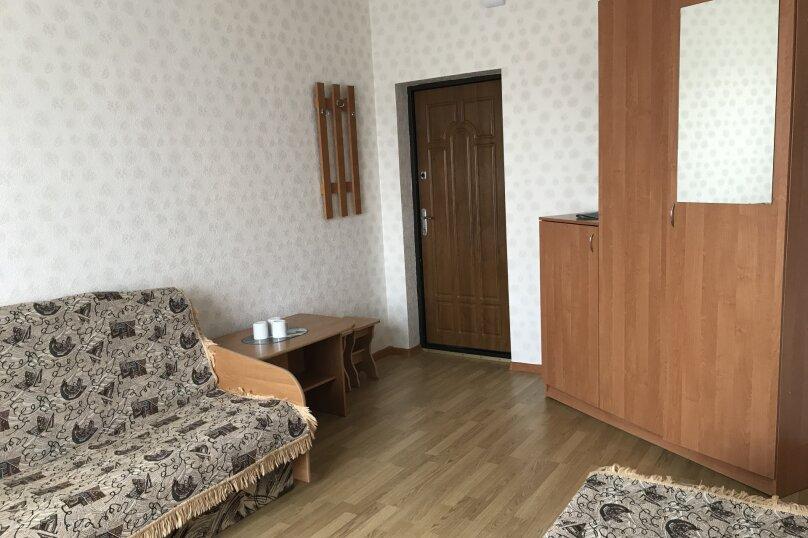 """Мини-отель """"Апельсин"""", Морская улица, 4 на 38 номеров - Фотография 29"""