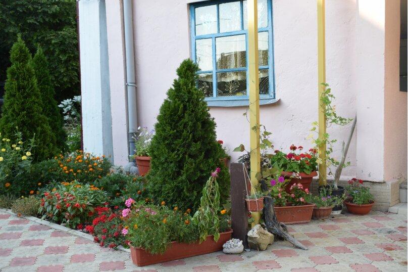 """Гостиница """"Живописный уголок"""", Черноморская улица, 3 на 13 комнат - Фотография 17"""