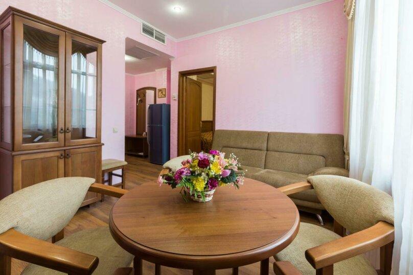 Люкс с 2-мя спальными, Эстонская улица, 19, Эстосадок, Красная Поляна - Фотография 1