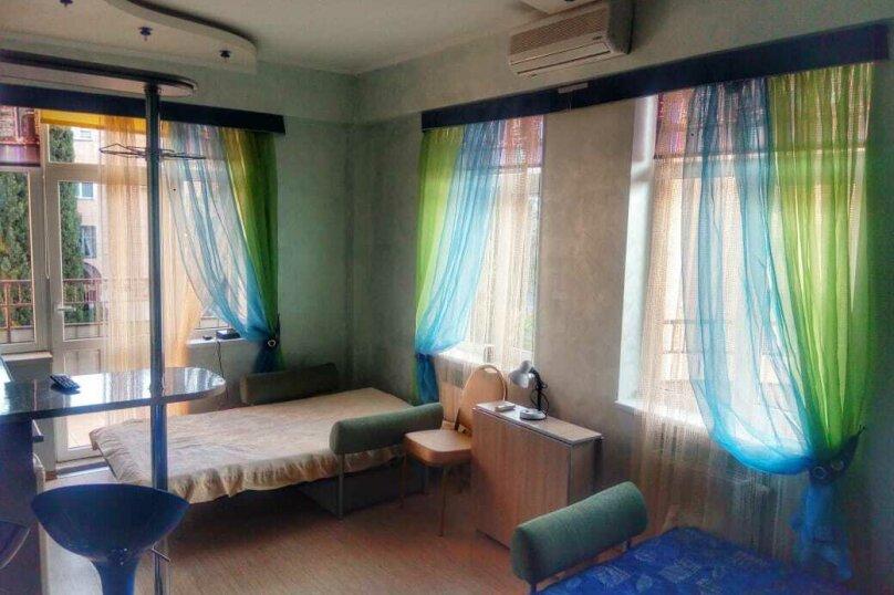 1-комн. квартира, 30 кв.м. на 2 человека, улица Ленина, 26, Алушта - Фотография 2