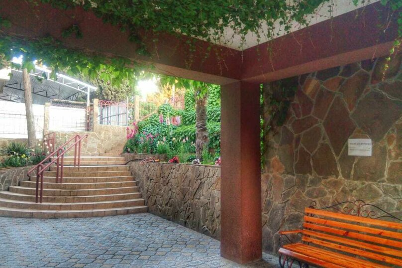 1-комн. квартира, 30 кв.м. на 2 человека, улица Ленина, 26, Алушта - Фотография 17