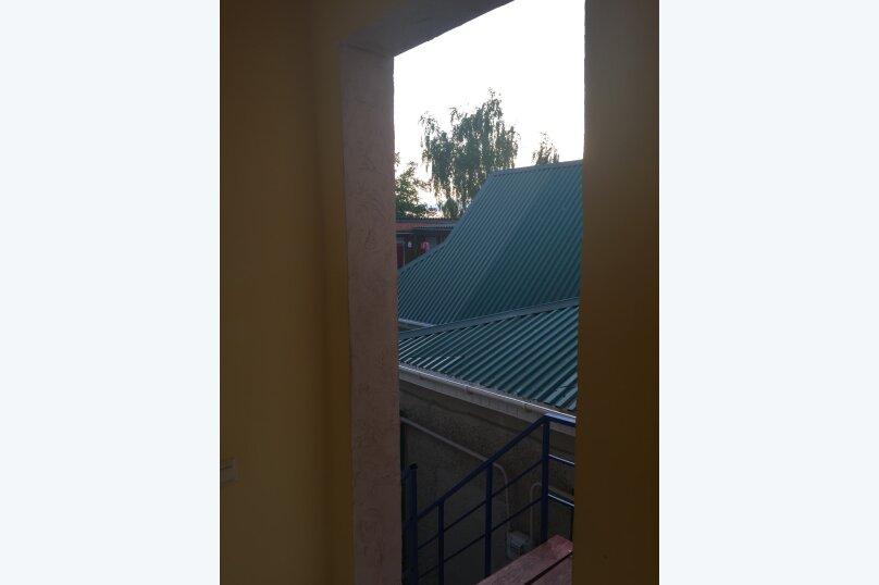Двухместный 2 этаж эконом, улица Комарова, 17, Витязево - Фотография 6
