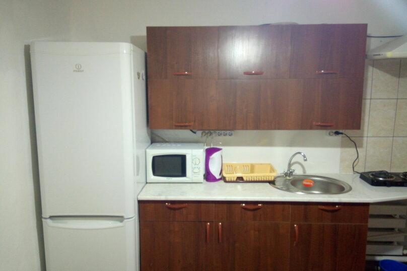 Пол дома, 50 кв.м. на 6 человек, 2 спальни, улица Шевченко, 282, Ейск - Фотография 9