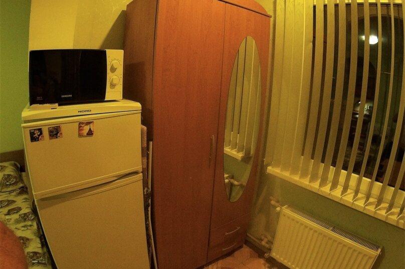 Отдельная комната, улица Вити Коробкова, 66, Евпатория - Фотография 7