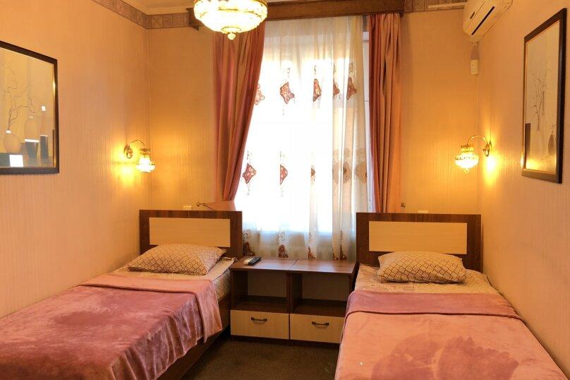 Стандартный номер с двумя отдельными кроватями с общей ванной комнатой и кухней, улица Текучёва, 200, Ростов-на-Дону - Фотография 1
